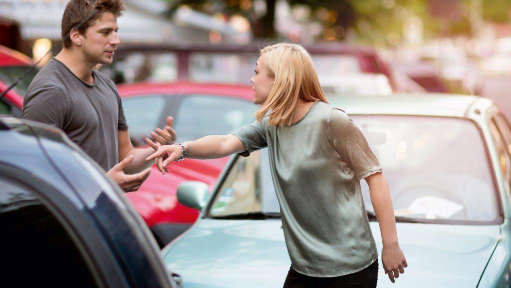 Welche Versicherungen brauche ich beim Autofahren?